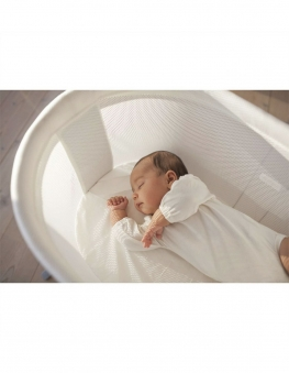 babybjorn-cradle-fitted-sheet-with-baby-bjorn-cradle-mattress-min